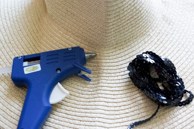 DIY chapeau on holiday (1 of 8)