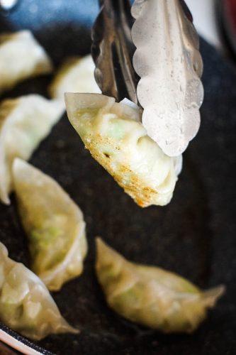vegan-gyoza-dumplings-20-of-32
