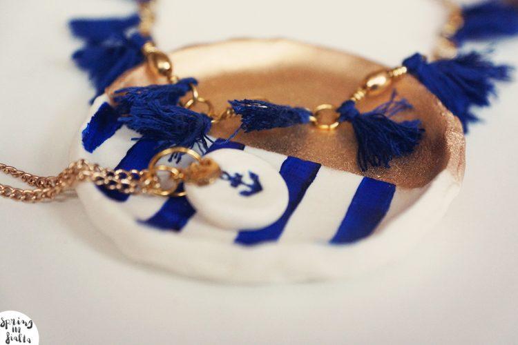DIY : jewelry holder using kitchen ingredients!
