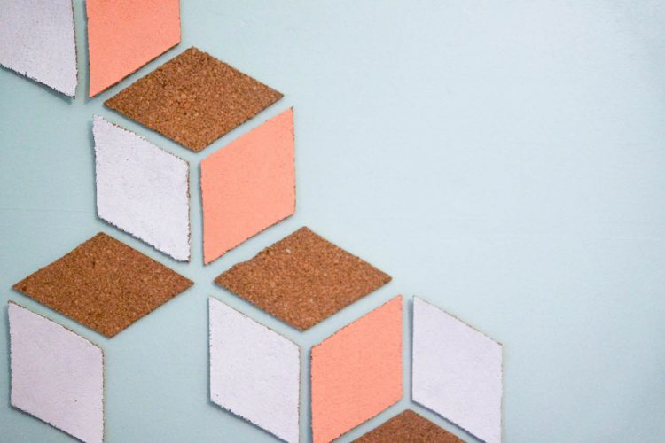 DIY tableau de liège cubique