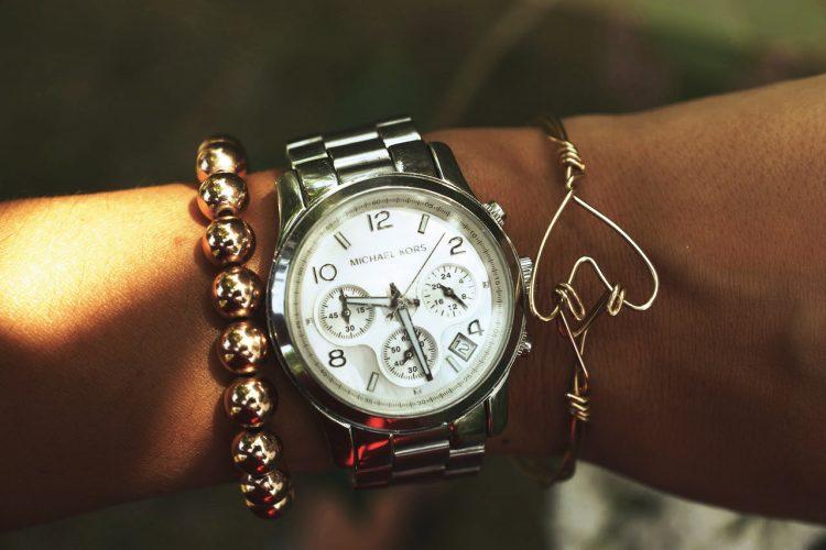 DIY bracelet jonc cœur